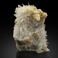 Quartz With Kutnohorite
