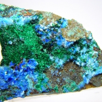 Cyanotrichite & Brochantite