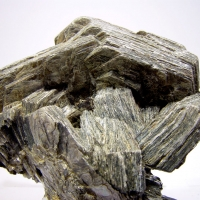 Scheelite On Zinnwaldite