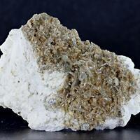 Zanazziite With Eosphorite