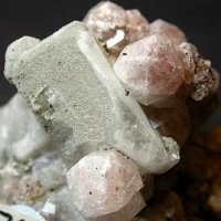 Analcime & Calcite