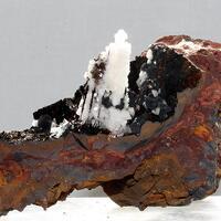 Calcite On Goethite & Pyrolusite