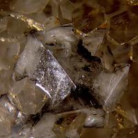 Scheelite Quartz & Chalcopyrite
