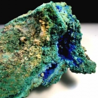 Brochantite & Cyanotrichite