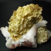 Conichalcite Dolomite & Calcite