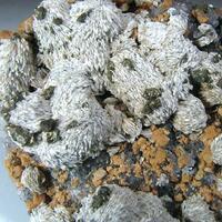 Sphalerite Quartz Dolomite Baryte & Chalcopyrite