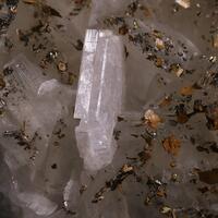 Dolomite Pyrrhotite Cubanite Albite & Quartz