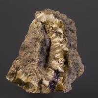 Carpholite & Fluorite