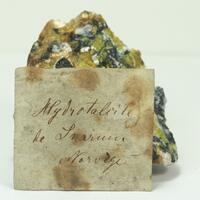 Hydrotalcite With Lizardite & Hematite
