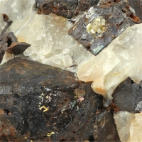 Gold With Limonite Psm Pyrite