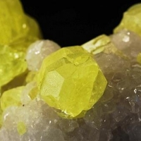 Native Sulphur & Calcite