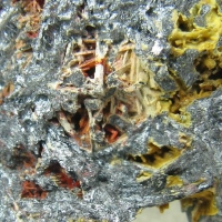 Metastibnite & Stibiconite On Stibnite