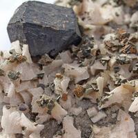 Sphalerite & Dolomite & Chalcopyrite