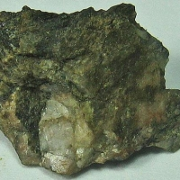 Yftisite-(Y) & Fergusonite-(Y)