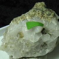 Axinite-(Mn) & Ganomalite