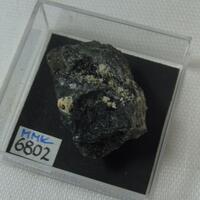 Pachnolite & Fairfieldite & Phosphosiderite