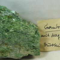 Chrome-Tremolite & Magnetite