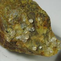 Melanophlogite
