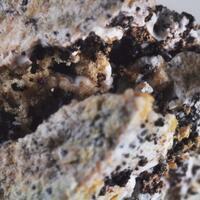 Chlormayenite & Gehlenite & Spinel