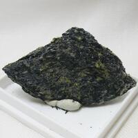 Ferro-glaucophane