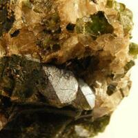 Manganoan Hedenbergite Sphalerite & Calcite