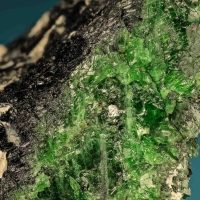 Chromian Diopside & Arfvedsonite