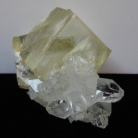 Calcite With Apophyllite