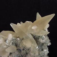 Calcite On Heulandite With Stilbite
