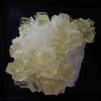 Calcite On Quartz With Mesolite