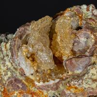 Hyalite Chalcedony & Quartz