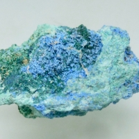 Cyanotrichite Brochantite & Malachite
