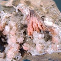 Inesite Baryte & Calcite
