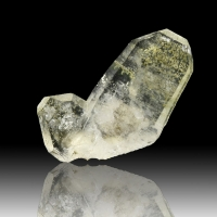 Quartz Var Japan Law & Chlorite