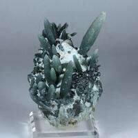 Prase Magnetite & Hedenbergite