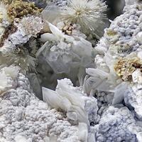 Afwillite Hydrocalumite & Ettringite
