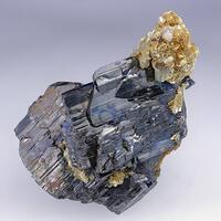 Ferberite Fluorapatite Muscovite & Quartz