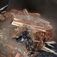 Fluorbritholite-(Ce) Augite Zircon