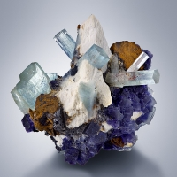 Aquamarine & Fluorite With Schorl & Limonite Psm Siderite