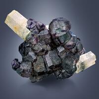 Beryl Var Heliodor On Fluorite