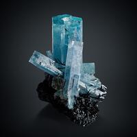 Aquamarine With Fluorite