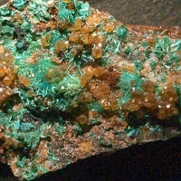 Powellite & Brochantite