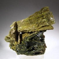 Diopside On Epidote
