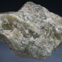 Chlorapatite