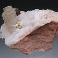 Strontianite Chalcopyrite On Baryte