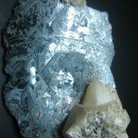 Hematite With Calcite