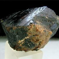 Chevkinite-(Ce) With Titanite