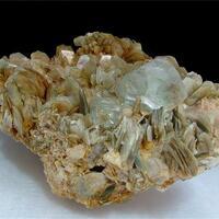 Fluorite With Aquamarine & Muscovite