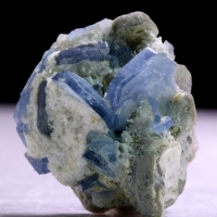 Vorobyevite With Mica