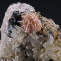 Rhodochrosite On Quartz With Sphalerite