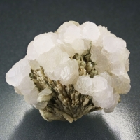 Manganoan Calcite On Calcite